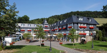 Allergiker-Hotels - Pools: Außenpool beheizt - Romantik- & Wellnesshotel Deimann